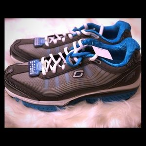 BNWT Skechers RESISTOR TURBULENT 12370 Shoes 💙.